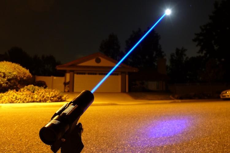 Kiếm ánh sáng sẽ mãi chỉ là sản phẩm của trí tưởng tượng - H3
