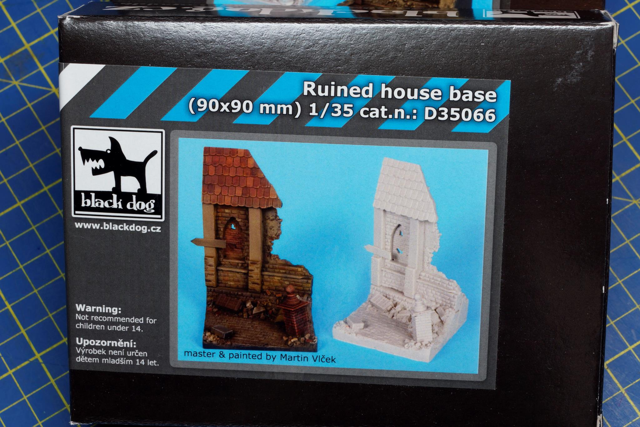 BLACK DOG RESIN BASE 1/35 D35066
