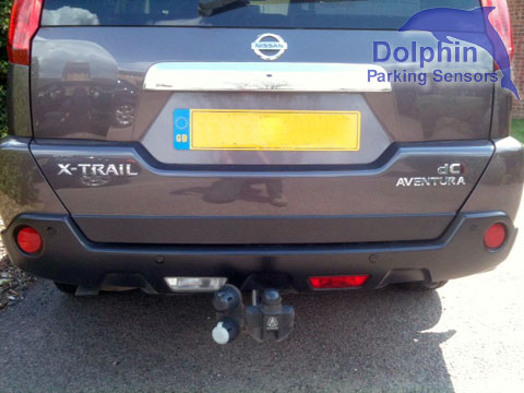 Nissan X-trail with parking sensors