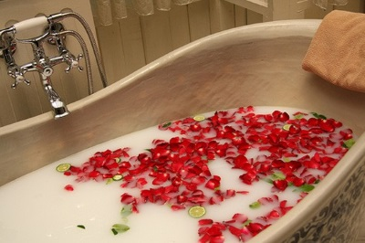 luxury soap flowers in the bath
