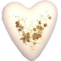 Chamomile Honey MegaFizz Bath Heart Bath Bomb